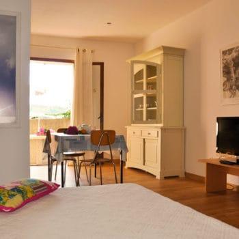 Location studio pour 2 - Le Rosier, Casa Favalella